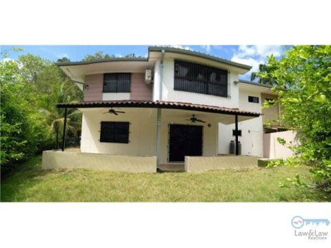 clayton casa con linea blanca incluida