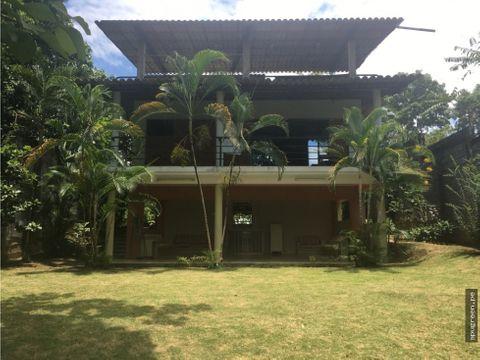 linda casa en alquiler buena ubicacion