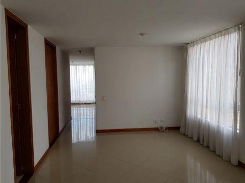 se alquila apartamento en palermo