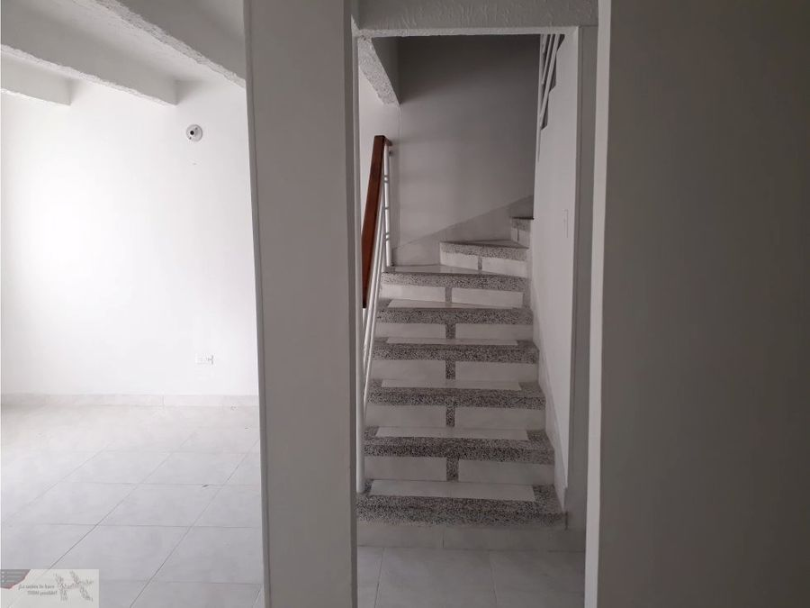 se vende casa al occidente de armenia