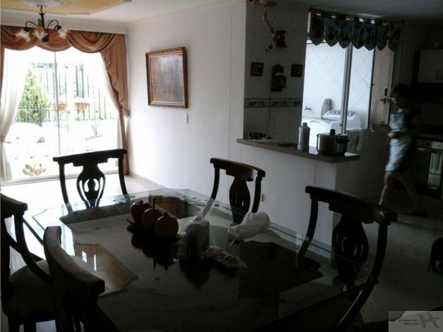 vende hermosa casa al norte de armenia
