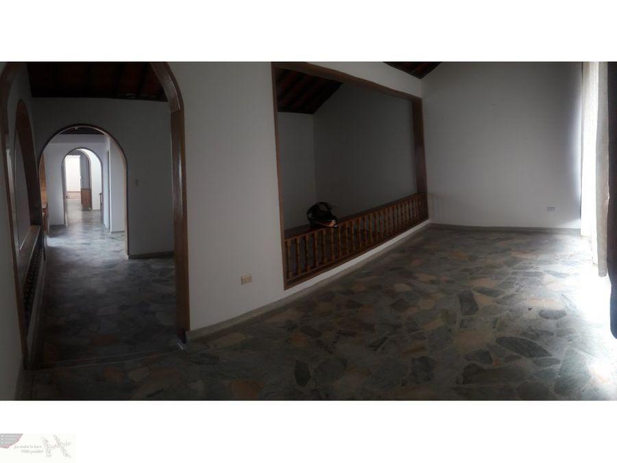 renta casa al norte de armenia