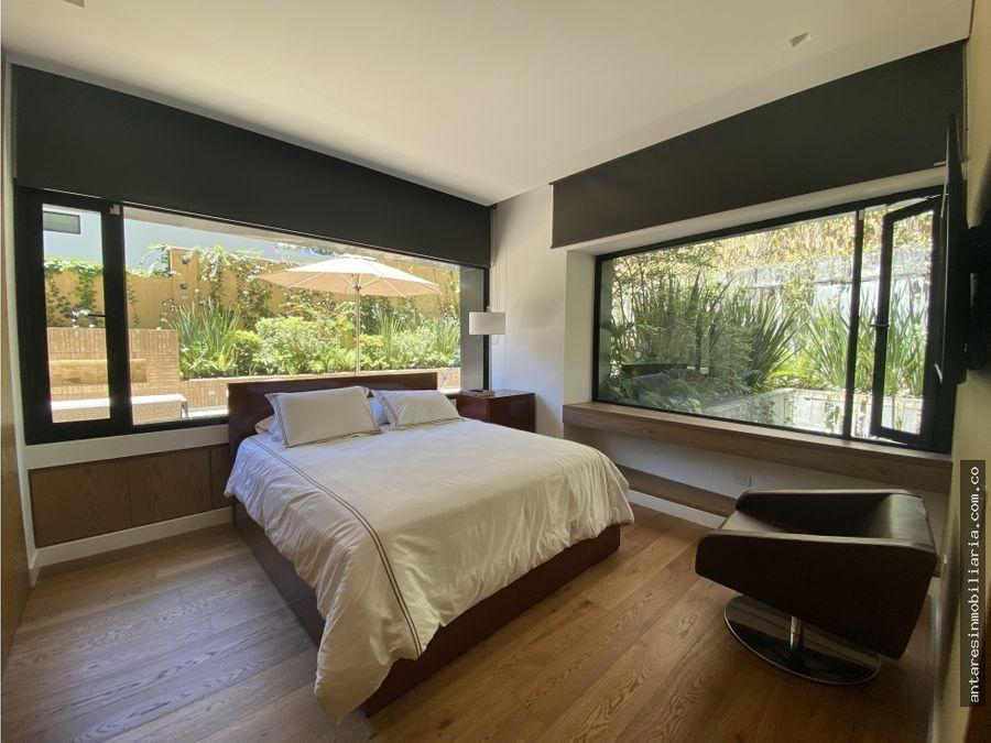 espectacular apartamento con terraza en los rosales