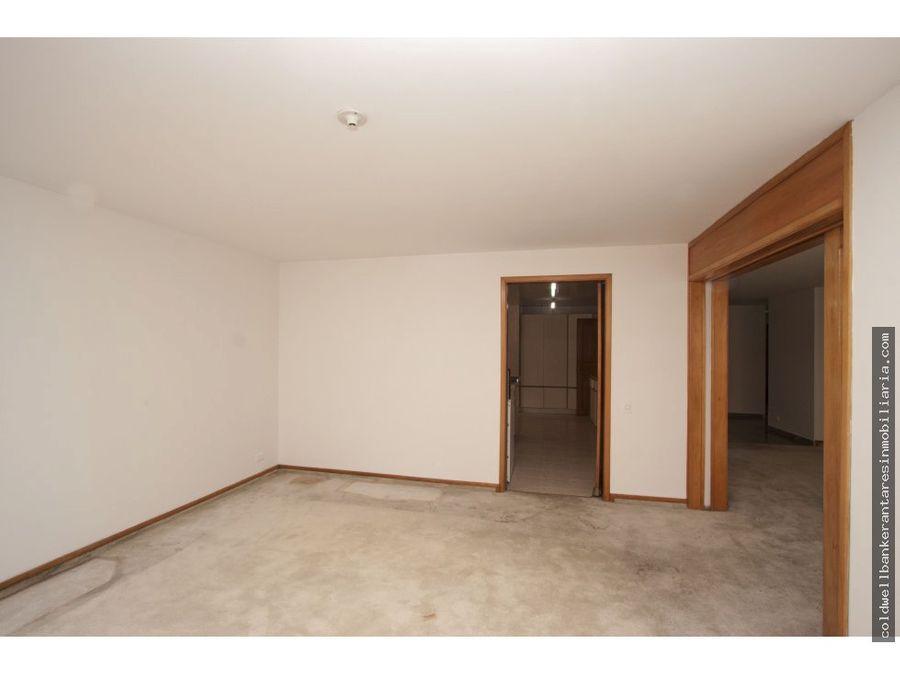 apartamento con terraza chico