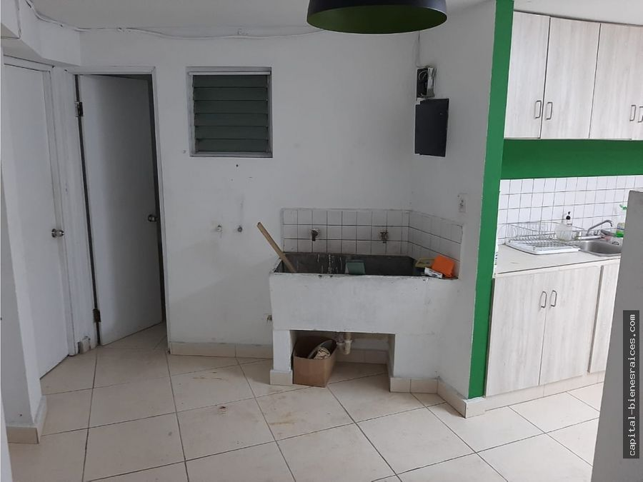 se alquila apartamento en el cangrejo