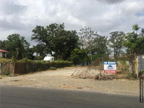 se vende o alquila terreno en calle 1ra juan diaz