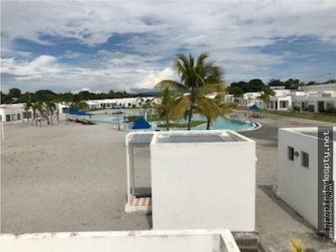 se vende the village beach residence