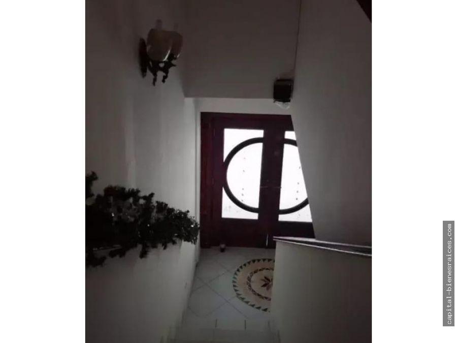 se vende casa en limajo altos de panama