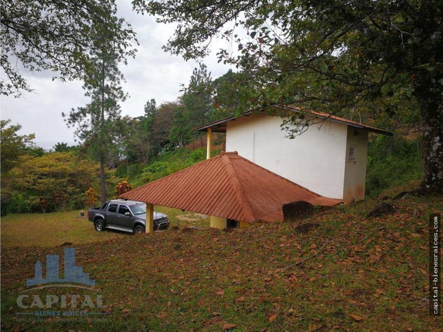 se vende casa en las vistas de cerro azul