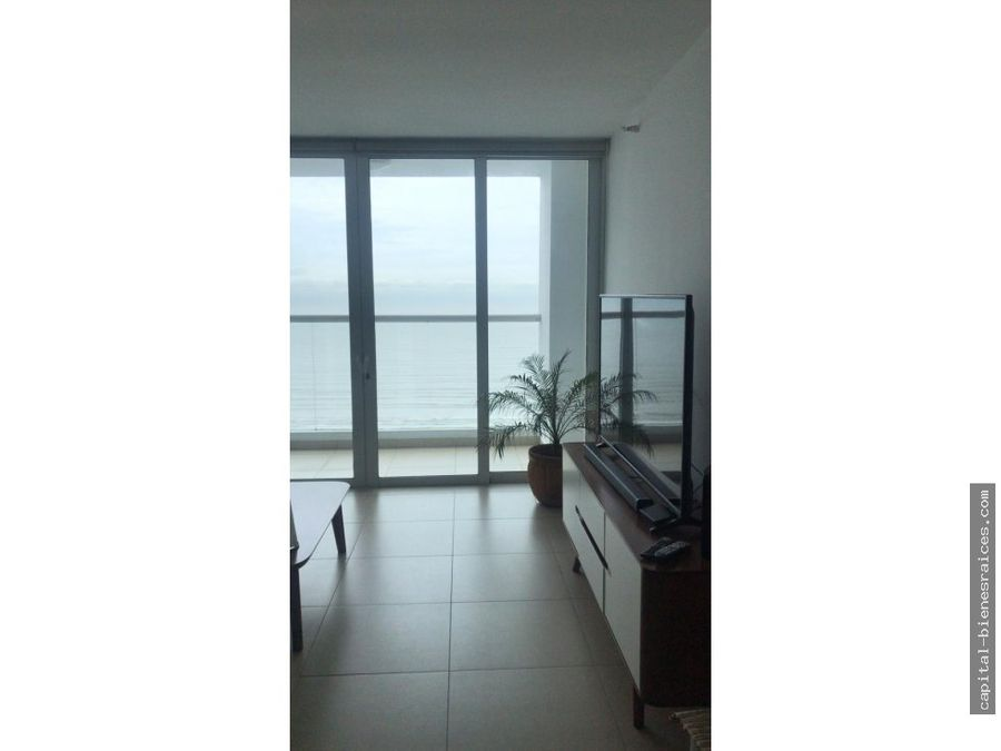se vende apartamento country club costa del este