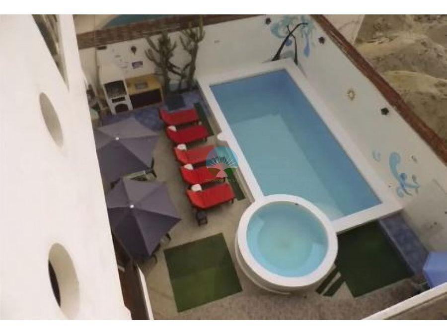 se vende hotel en playa punta rocas punta negra