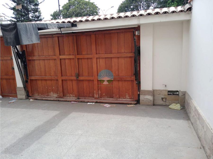 venta de hermosa casa en bellavista sta cecilia