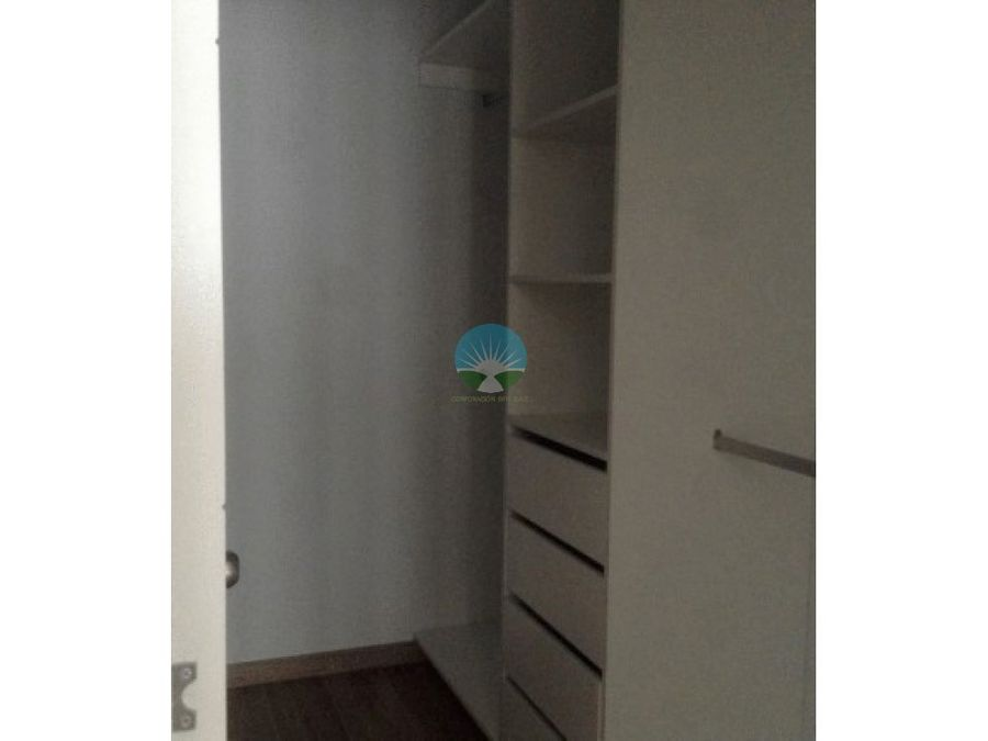 se vende flat en calle libertad miraflores
