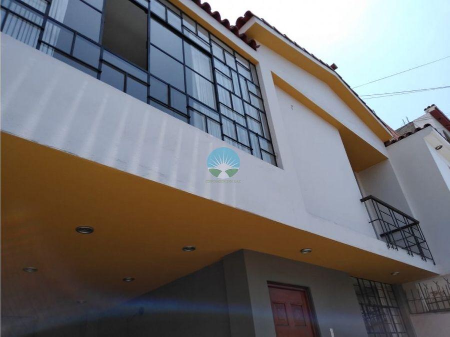 venta de hermosa casa en urb san joaquin