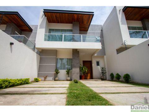 casa en venta en urbanizacion el retono