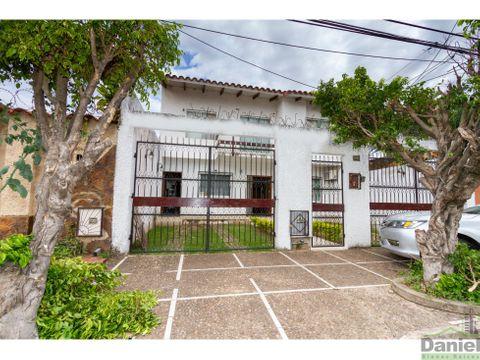 casa anticretico o venta barrio chacarilla