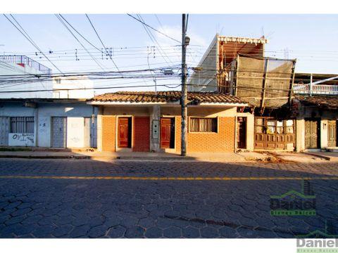 en venta casa frente consulado espanol