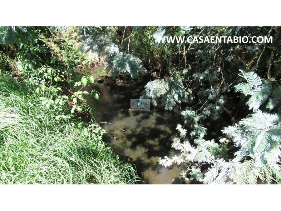 vendo finca de 35487 mts con rio en tabio