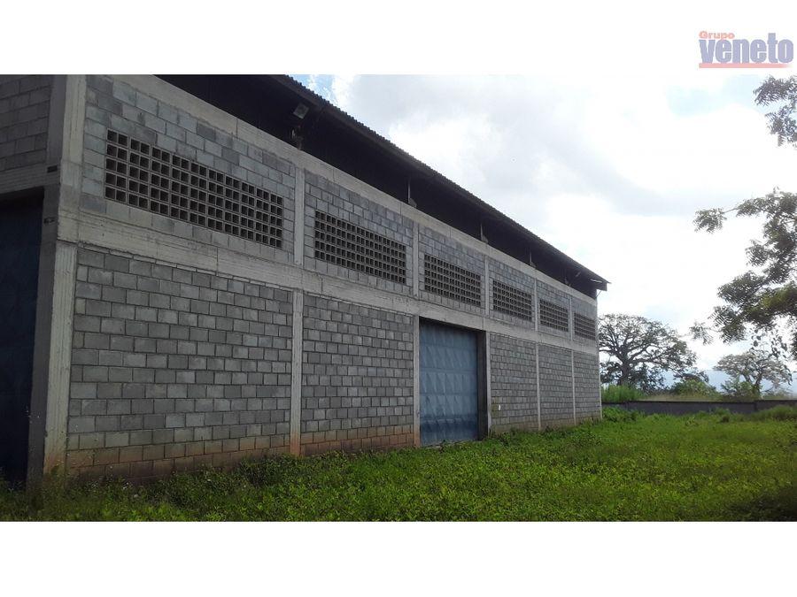 galpon industrial con amplio terreno en chivacoa estado yaracuy