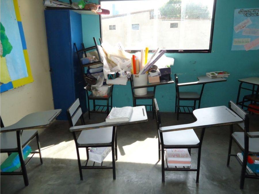 en venta local tipo colegio en barquisimeto este