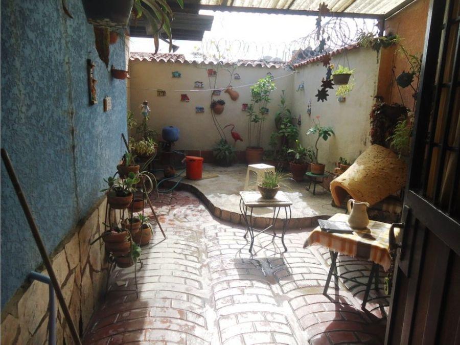 casa amplia en venta en villas santa lucia