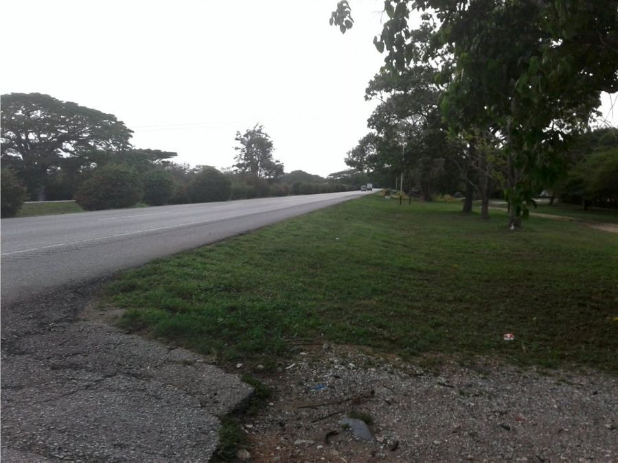 terreno en autopista cimarron andresote