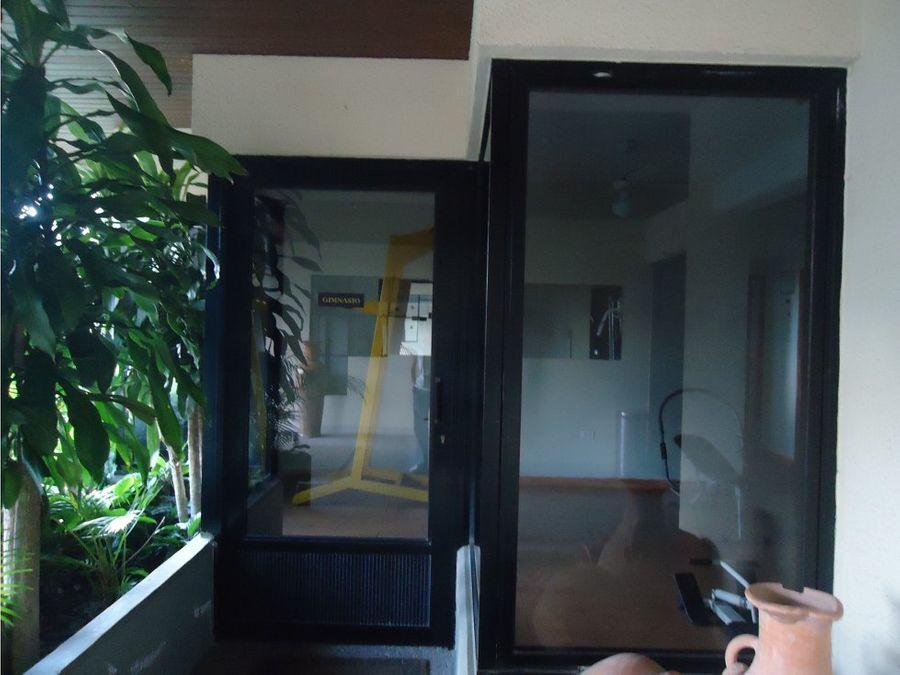 apartamento en venta res habitat plaza este bqto