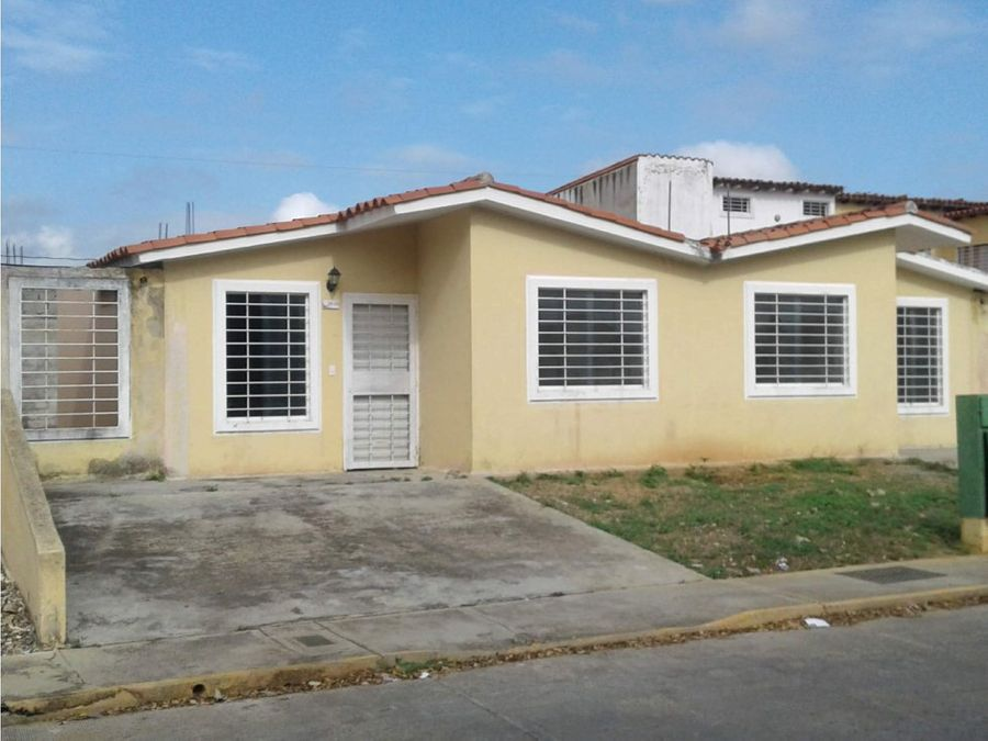 vendo casas en urb yucatan