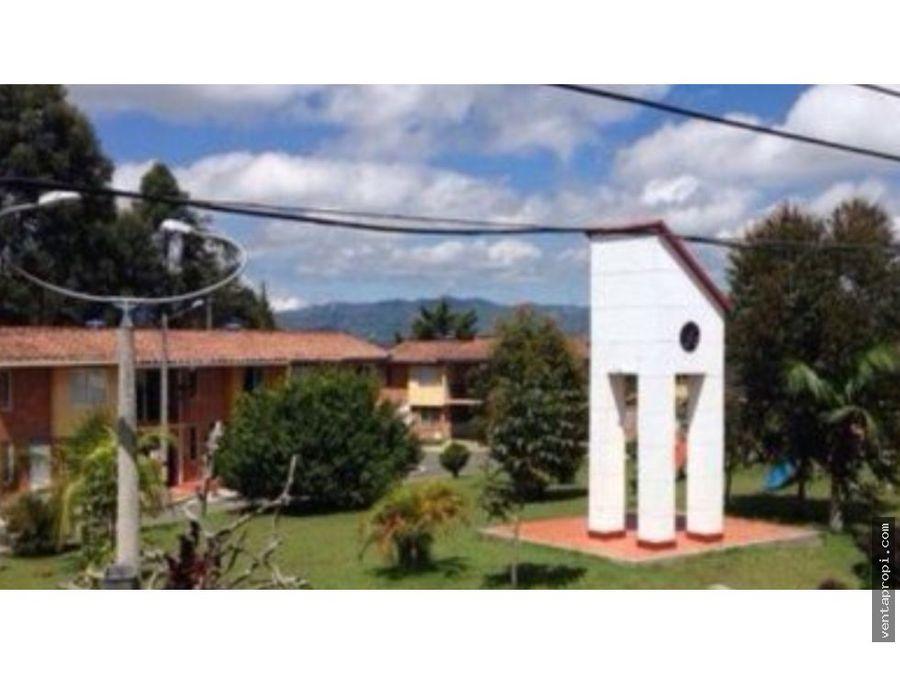venta de casa en rionegro jardines de la catolica