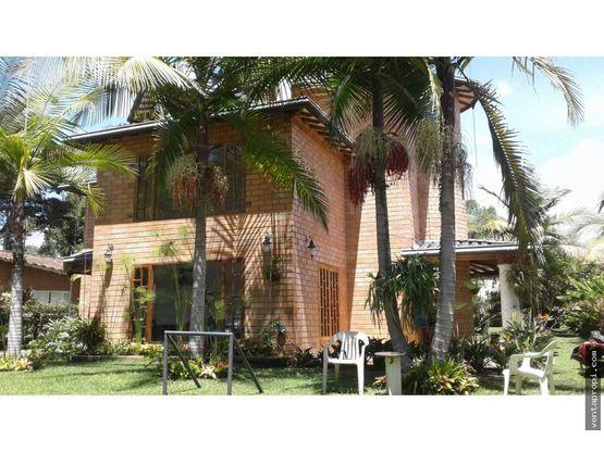 casa en rionegro gualanday llanogrande