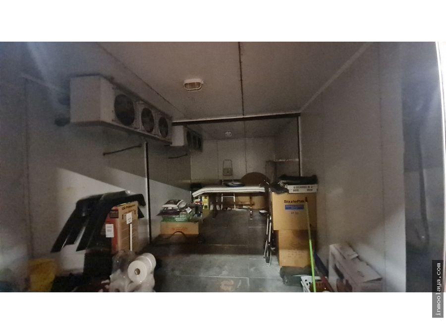 traspaso nave distribuidora espacio gastronomico