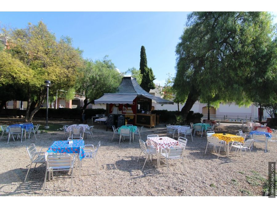 traspaso bar restaurant en vilanova i la geltru con amplia terraza