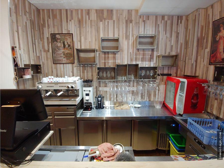 traspaso restaurante en sagrada familia con terraza