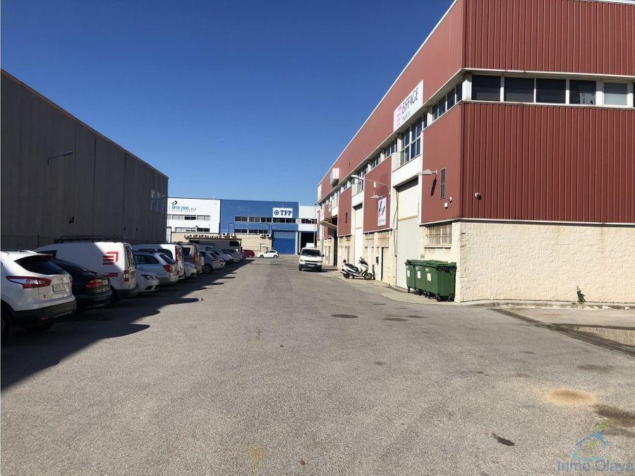 venta nave industrial 1700m en molins de rei