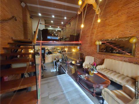 restaurante reformado en rambla poblenou 6 mesas terraza