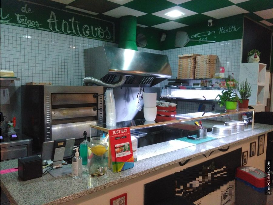traspaso pizzeria take away con salida de humos en badal