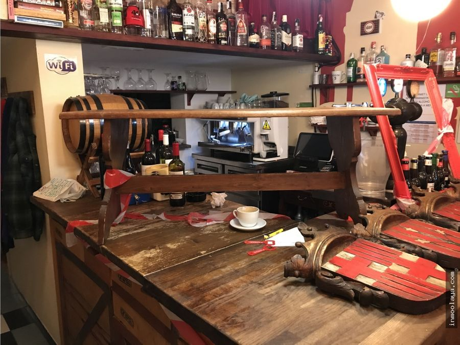 traspaso bar de copas y musical en poble sec