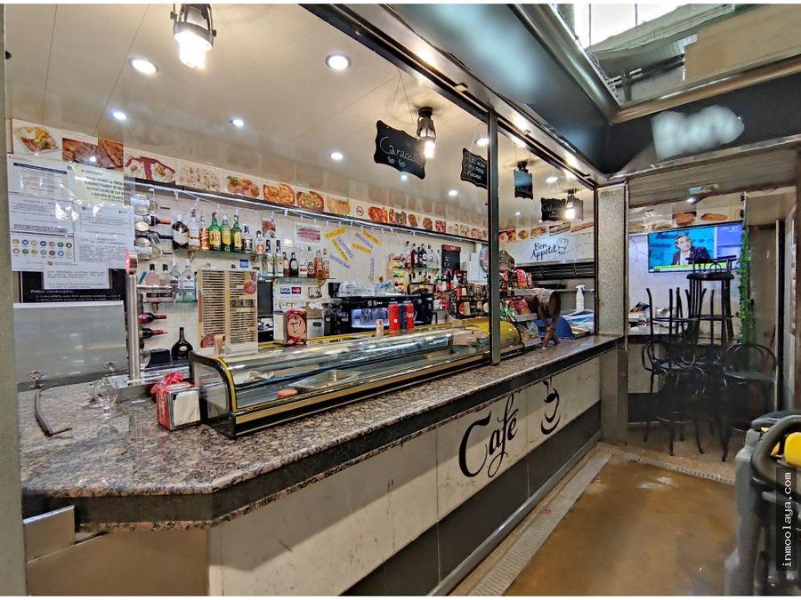 traspaso bar c3 en mercado de nou barris con terraza