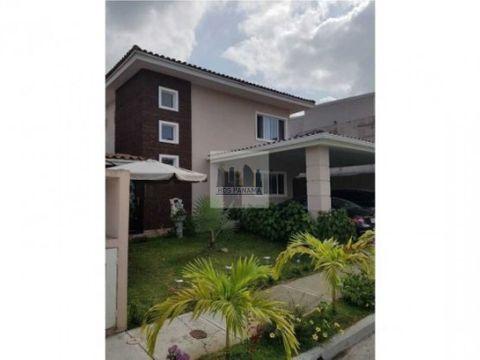 400k f preciosa y elegante casa en villa tiber