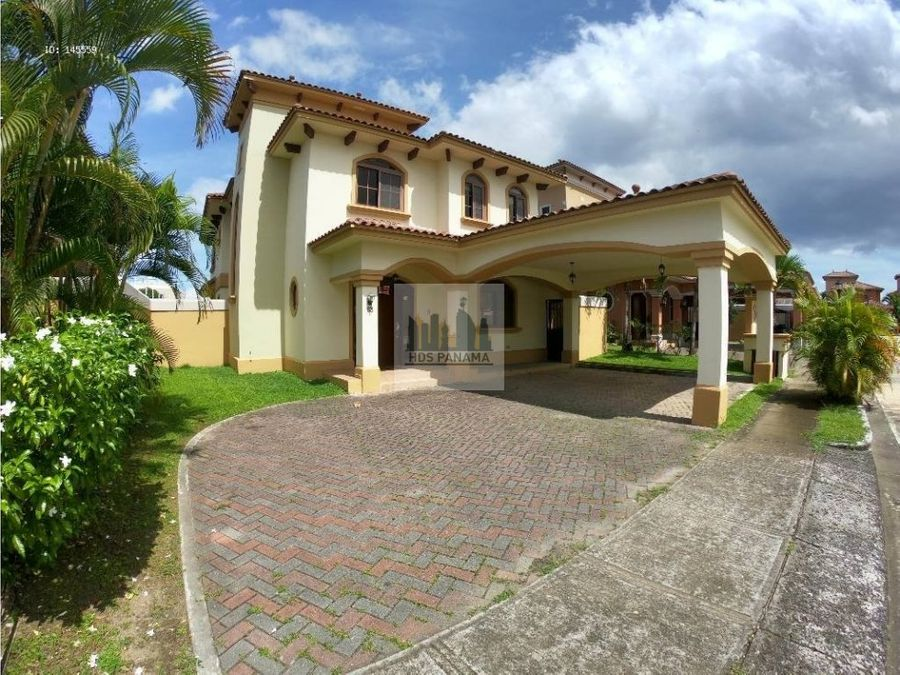 380k f oferta preciosa casa en costa sur doral