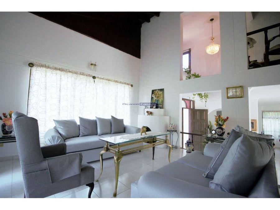 vendemos casa campestre de 2 niveles en turbaco