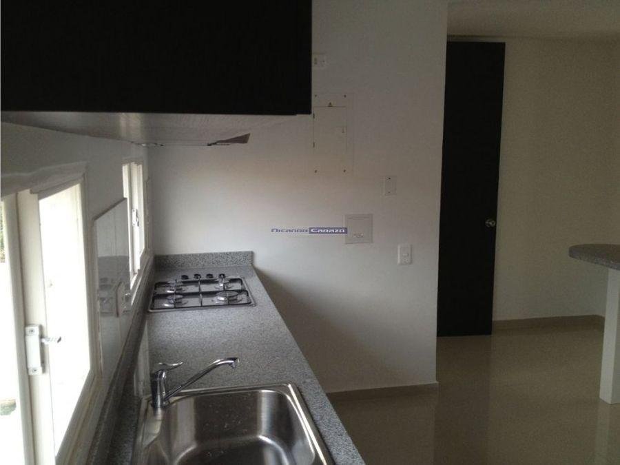 venta casa de 3 niveles en toscana cartagena