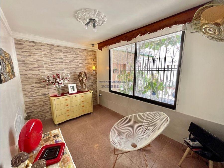 vendemos amplia casa residencial cerca a la bahia en manga cartagena