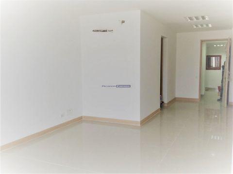 en venta oficina en zona industrial de mamonal ctg