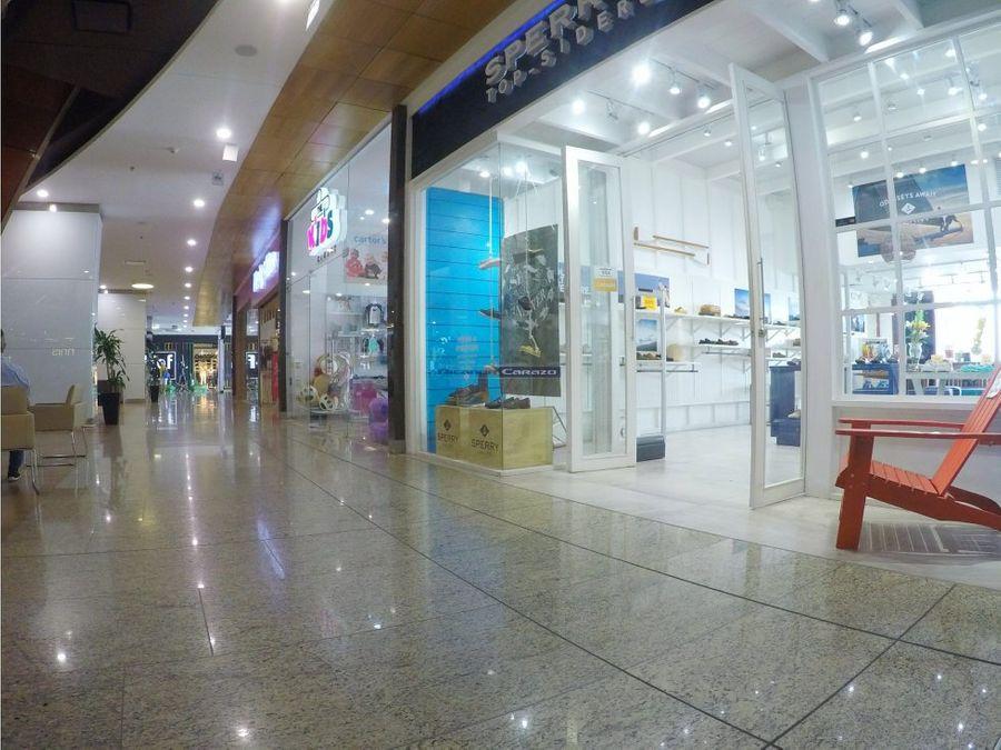 vendemos local en cc plaza bocagrande cartagena