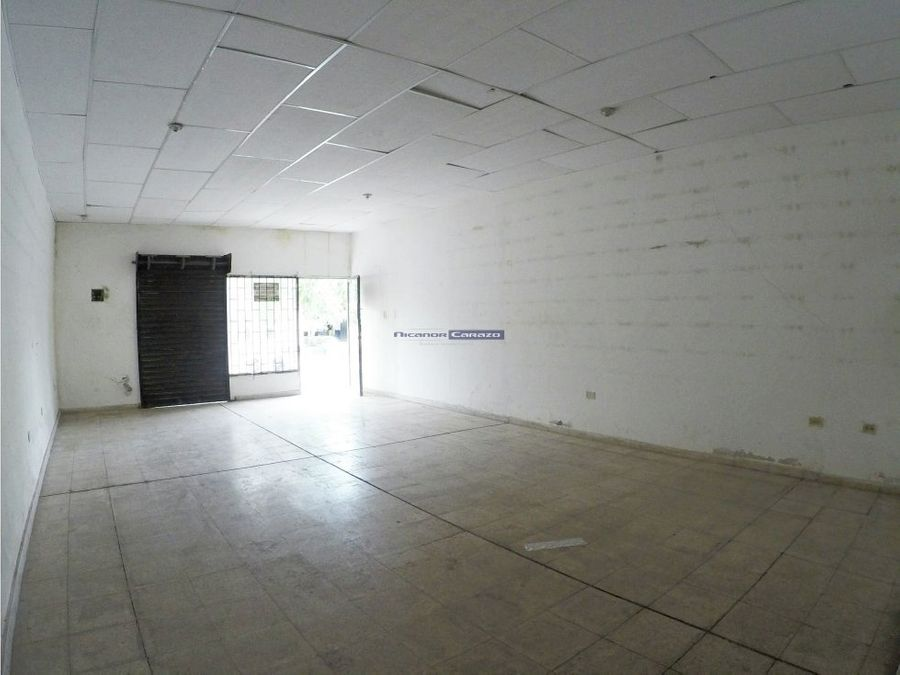 venta local comercial en centro industrial ternera