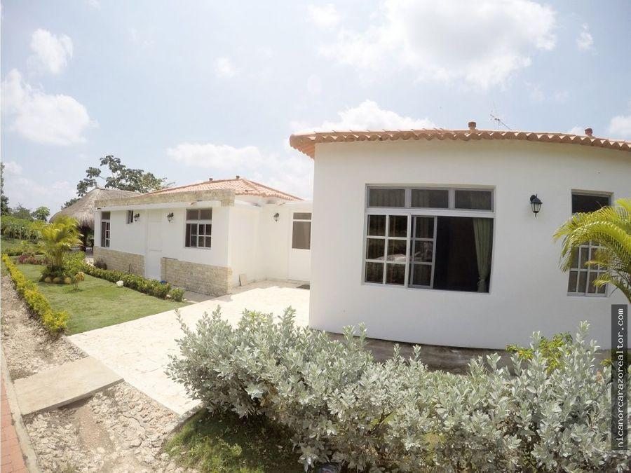 vendemos casa campestre en condominio la hacienda