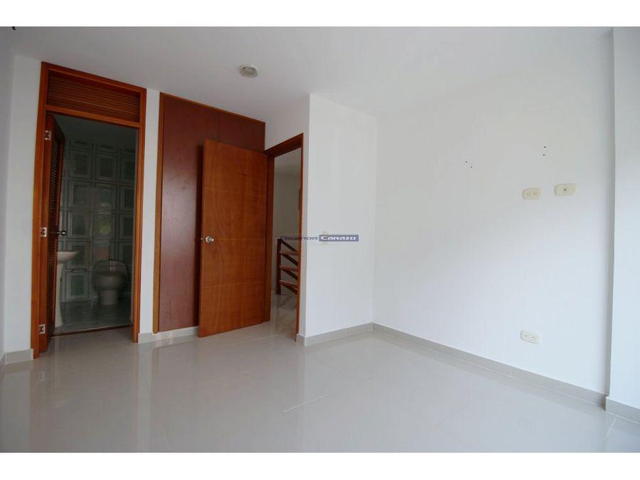 vendemos casa de dos niveles en turbaco bolivar