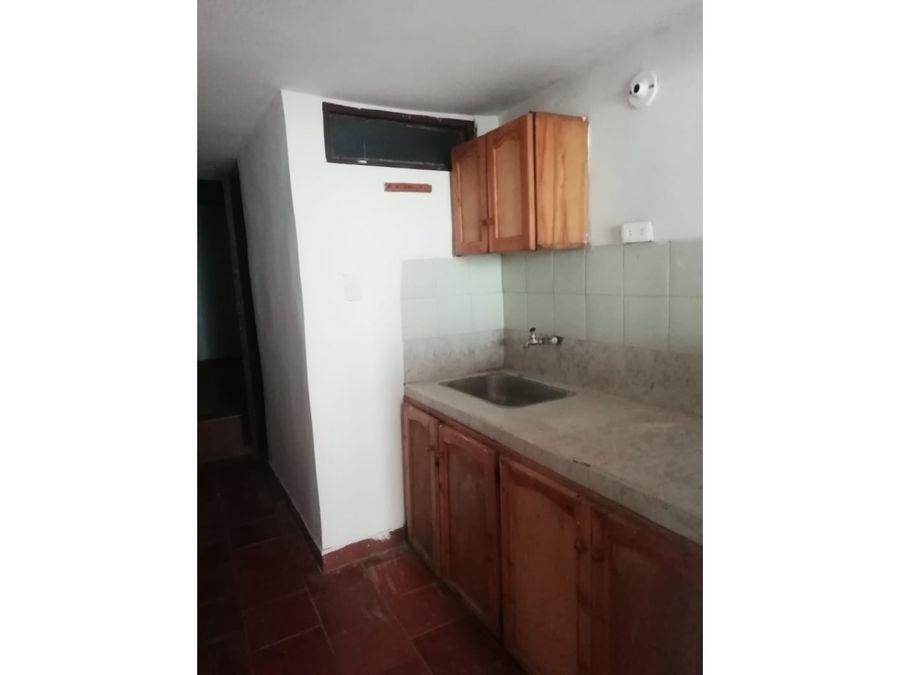 arrendamiento casa bajos sector villa hermosa