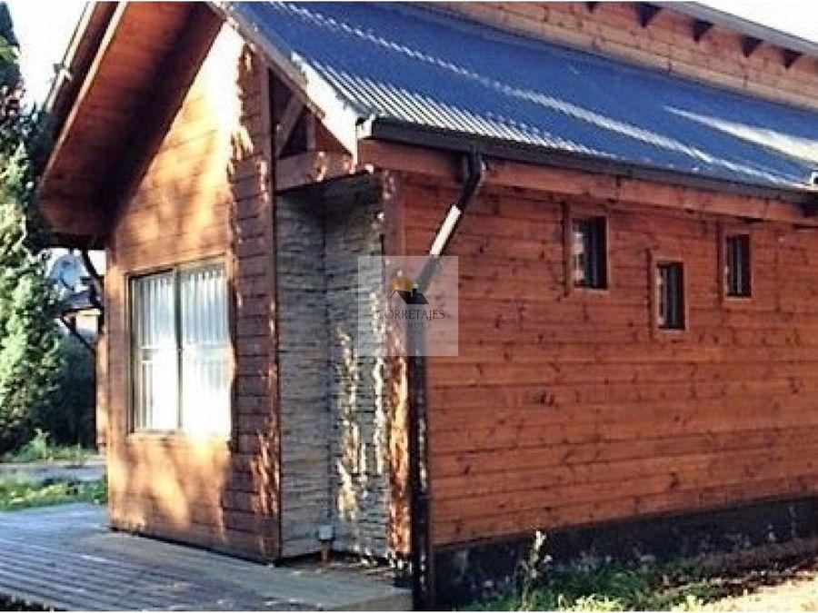 se vende casa en buen sector y amoblada pucon